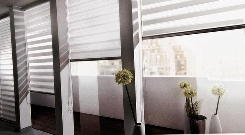 рулонные шторы на балконе фото